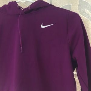 Women's small Nike thermafit hoodie